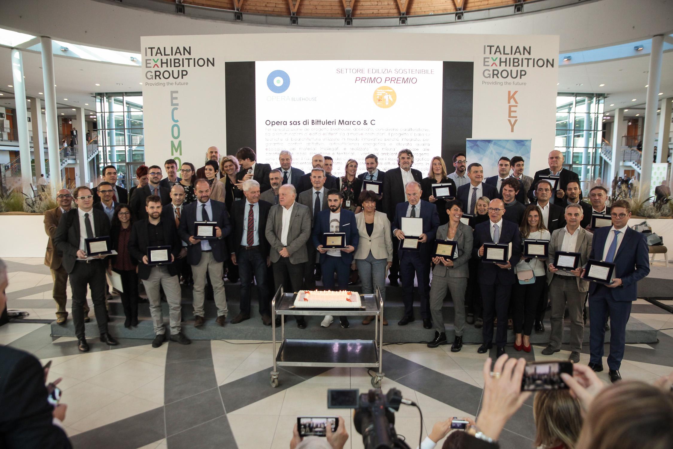 ECOMONDO-_Premio-per-lo-sviluppo-sostenibile-2018_Foto-di-gruppo
